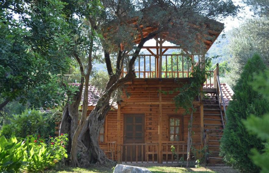 kizilbuk-wooden-houses-1240-800-e1456696437934